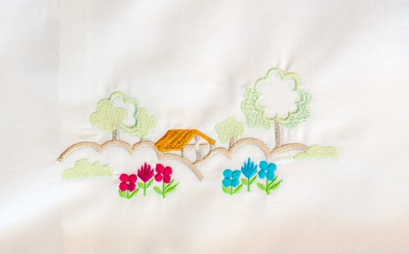 Luxurious embroidery for your bedding