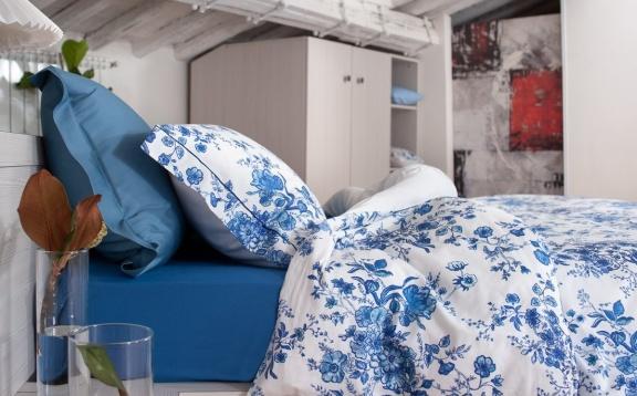 Blue Flora Duvet Cover