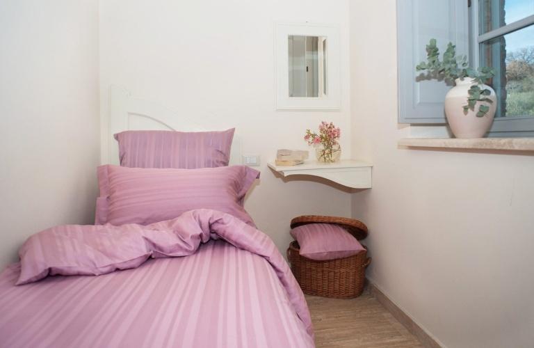 Tess Pink jaquard stripe.
