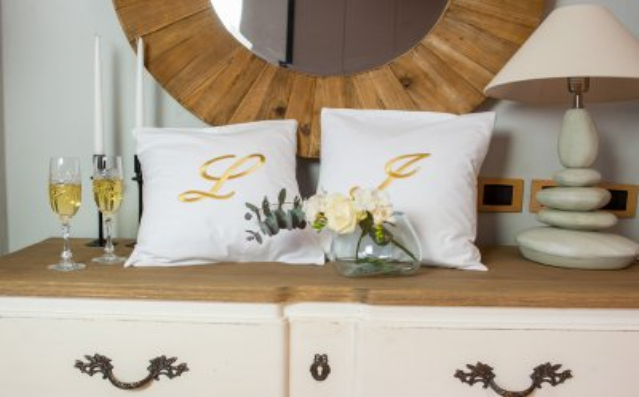 Роскошная вышивка для Ваших постельных принадлежностей