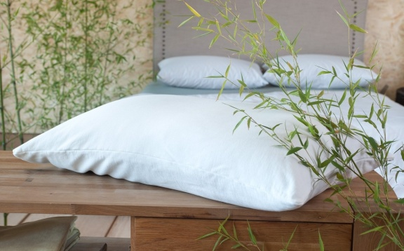 Bamboo hugger pillow case