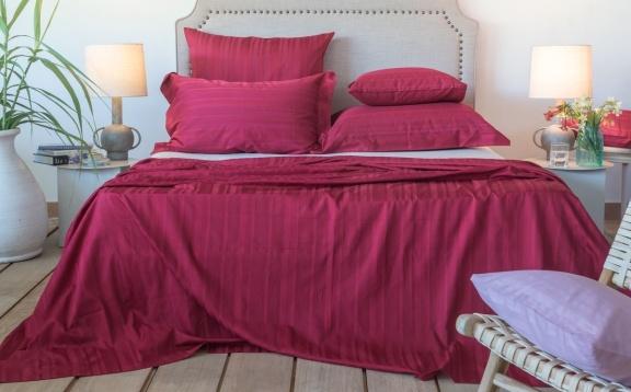 Tess Bordeaux jaquard stripe sheets